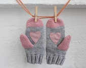 Wool mittens.Crochet Mittens with leather heart. Grey pink mittens. heart gloves. grey mittens. heart mittens. wool gloves. knitted mittens