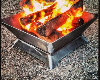 "Modern Fire Pit (23"" x 23"")"