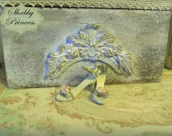 1:12 shoes - miniature - dolls house - hand made - shabby chic