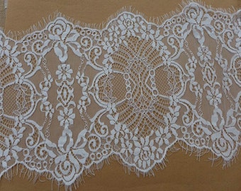 WHITE Scalloped Lace Vintage Chantilly Floral Lace Trim For Bridal Veils, Christening, Headbands, Garments