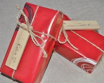 10 Etiquettes à cadeaux en bois