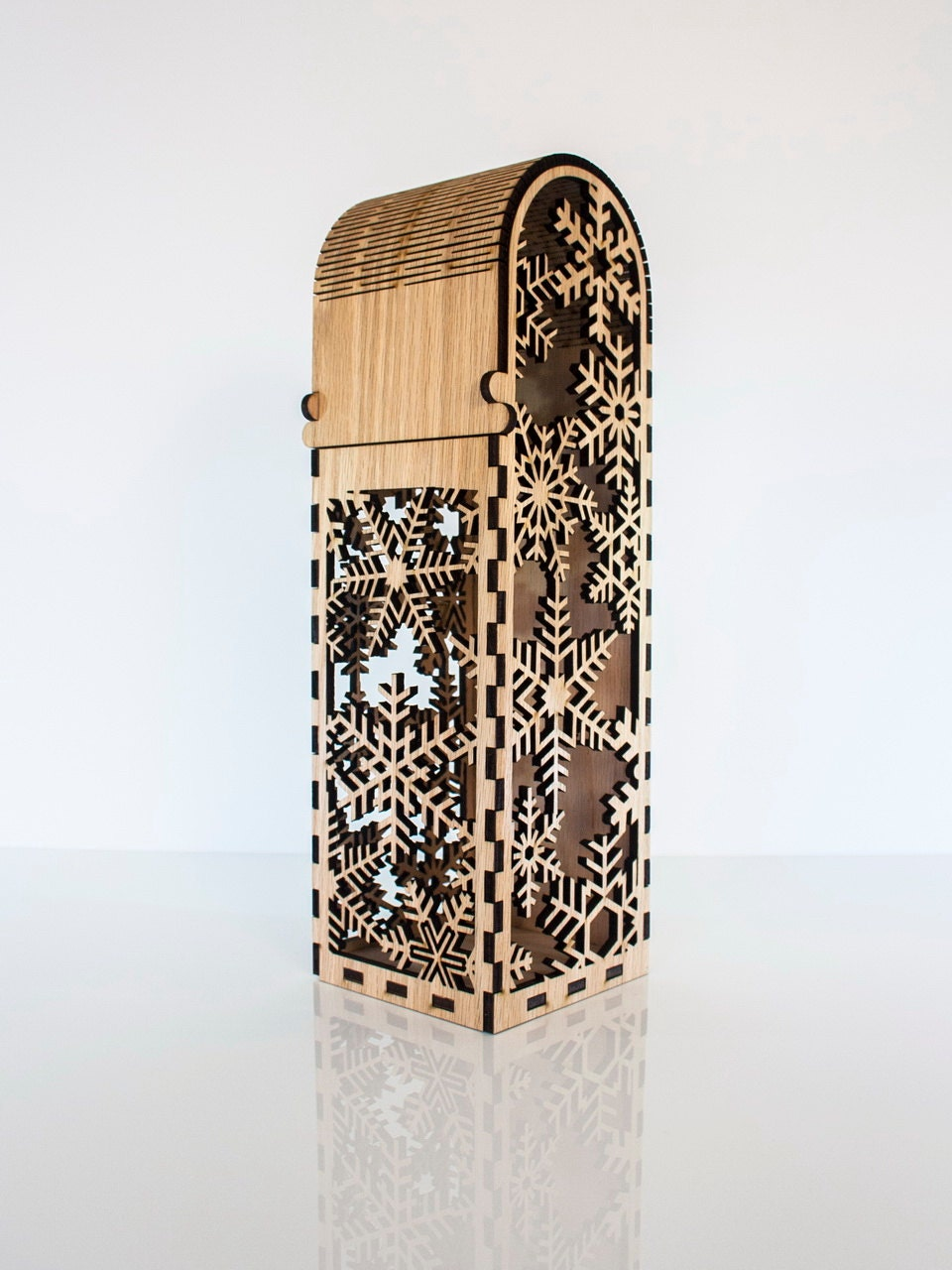 laser cut wood box template - single bottle wooden wine box with snowflake design