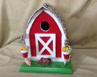 Bird House Barn with Farm Animals