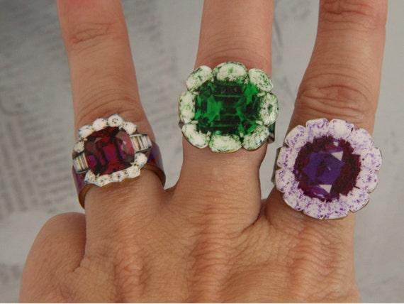 fake gemstone ring , emerald , amethyst , mock  jewelry , fun statement rings , gumcrack deLuxe, green and purple, faux gem shrink Art ring