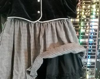 Vintage Little Bitty Girl's Holdiay Dress