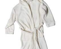 ON SALE! Children's Bathrobe, Children's Robe, Boy's Robe, Girl's Robe, Kid's Bathrobe Size: (2-4) or (6-8) or (8-10) by Wrapped in a Cloud