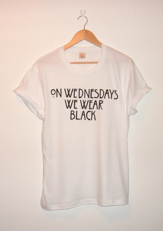 American Horror Story : Coven Inspired 'On Wednesdays We Wear Black' T-shirt