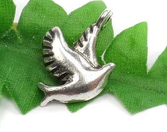 8 Dove Charms, Flying Bird, Peace, Tibetan Silver, 13mm x 13mm C26