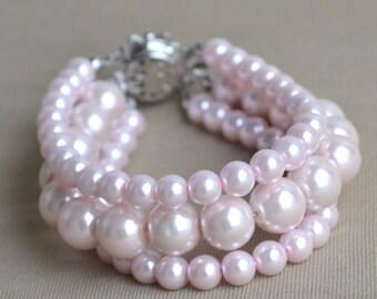 pale pink Pearl Bracelet, 3 rows Pearl Bracelet,Wedding Bracelet,Bridesmaid Bracelet,Jewelry,pearl Bracelet, Maid of honor jewelry