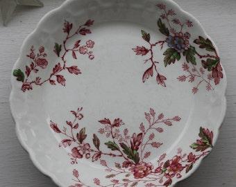 Pretty floral bowl