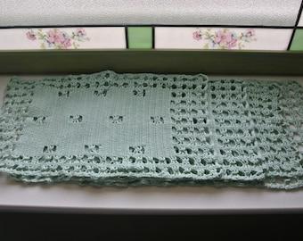 Crocheted Vintage Dresser Cloths/Placemats, Green