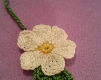 Daisy Flower Crochet Bookmark