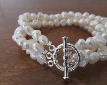 3 Strands of White Pearl Bracelet,Pearl Bracelet,Toggle Clasp Pearl Bracelet,Bridal Gift,Birthday Gift