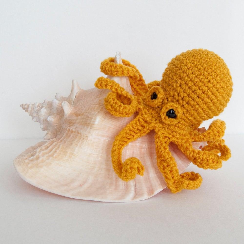Octopus Amigurumi Plush : Amigurumi Baby Kraken Plush Octopus Gold by TheSpidersAttic