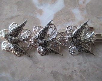 Set of 3 Silver Bird Hair Accessory Hair Pins. Bobby Pins Antique Brass Silver Filigree. Wedding. Gift for Her.
