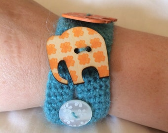 Three little elephants crochet bracelet