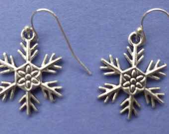 Antique Silver Snowflake Earrings  E001