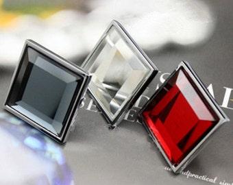 Dresser hardware etsy for Crystal bureau knobs
