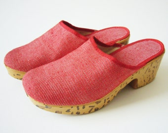 FRENCH VINTAGE 1970's Wonderful Red Sabot / Clogs , Slip on Shoes , Canvas Shoes , Sandal , For Kids / Child , New old stock , 13 inches