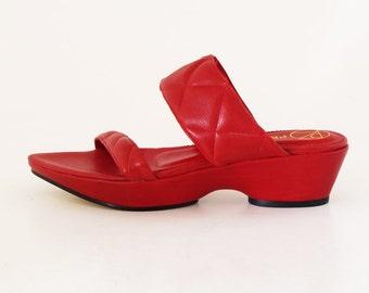Yate wedge sandal