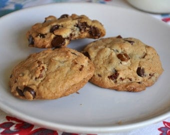 Classic Chocolate Chip Pecan Cookies