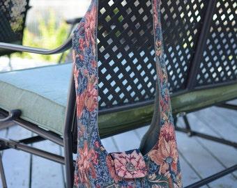 Tapestry Hobo bag / Navy