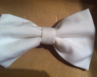 Baby boy bow tie-white bow tie-solid color-infant-toddler-newborn-clip-on