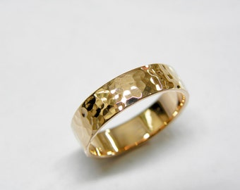 Wedding ring,5x1 mm,flat in hammered shinny finish,rose gold,Men or Women ring.Option of yellow or white gold too.
