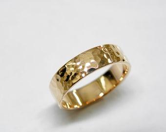 Wedding rings.Wedding band.Women ring.Men ring.14k Rose gold wedding band in Hammered shiny finish.Hand forged wedding rings.5 x 1.2 mm.