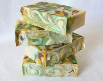 White Gardenia Soap / Cold Process Floral Soap / Artisan Soap