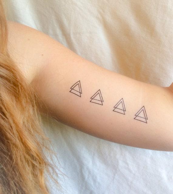 4 triangle g om trique temporaire tatouages smashtat. Black Bedroom Furniture Sets. Home Design Ideas
