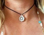 Flower child Silver sunflower Daisy Flower bohemian Choker Necklace
