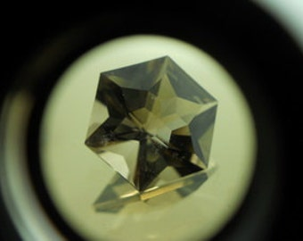 Smokey Quartz | 6.80ct | Precision Cut | Light Brownish Quartz Has A Spark Goes Through Inclusions. It Gives Artistic  Appearance