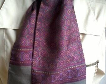 cravat silk burgundy color