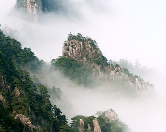Landscape photography - Mist rising in Huangshan national Park, China