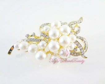 Bridal Brooch, Wedding brooch  Pearl Vintage Brooch with Gold plated and made of Rhinestone, Bridal Brooch  BR0006
