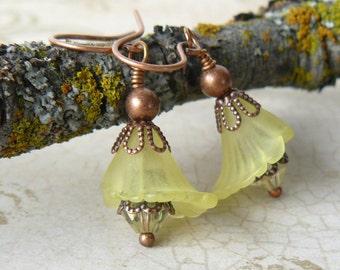 Yellow Flower Earrings, Pale Lemon Lily Lucite Flower Earrings, Yellow Floral Dangles, Romantic Jewelry, Lemon Yellow Summer Jewelry