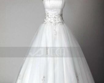 Princess Wedding Dress Strapless Wedding Gown Classic Wedding Dress Available in Plus Sizes W810