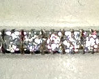 Authentic Hidalgo 18K White Gold Guard Ring With 0.23 cts In Diamonds RB480WG Size 6 1/2