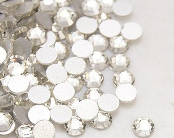 20ss Crystal Grade 'A' Flat Back Rhinestone 10 Gross (1440 Pieces per package)
