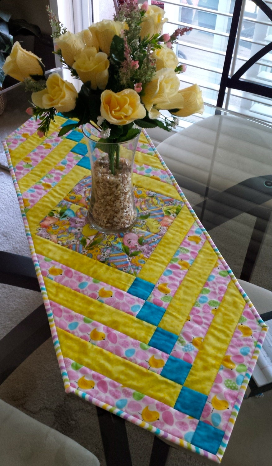quilted easter table runner 38 1 2 x 13 1 4 inches. Black Bedroom Furniture Sets. Home Design Ideas