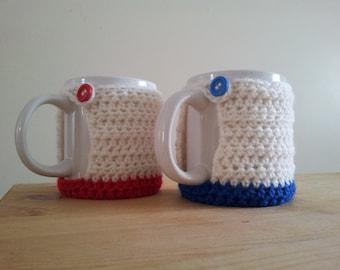 Crochet mug hug, cream with contrasting colour base