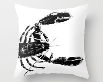 Black and White Lobster Pillow Cover, sea animal throw cushion cover, ocean living decorative pillow cover, sea lover decor gift