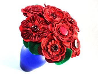 Handmade Red Felt Button Flower Arrangement / Floral Gift / Wedding Flowers / Red Bouquet