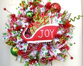 Deluxe Christmas Santa Gift Sleigh Joy Holidays Indoor Outdoor Wall or Door Deco Mesh Seasonal Wreath!