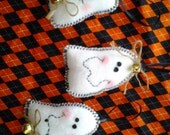 Three small cute primitive white felt ghost Halloween tree ornaments, pintucks, bowl filler