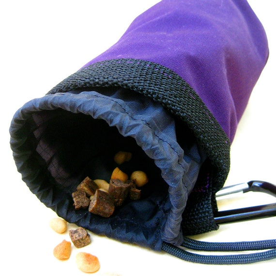 Dog Training Placemat: CLIMBER Dog Training Treat Bag Drawstring Pouch With Caribiner