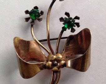 Vintage White Co. 1/20 10k Bow Pin With Green Stones Costume Jewelry