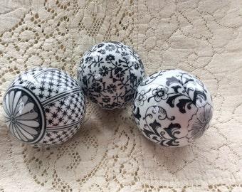 Vintage Ceramic Black and White Orbs