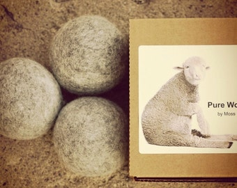 Set of 3 pure wool organic dryer balls for laundry - grey